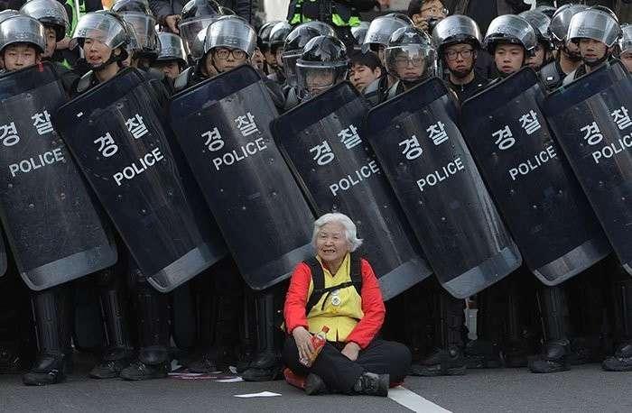 Женщины протестуют: 30 сильнейших фото за всю историю