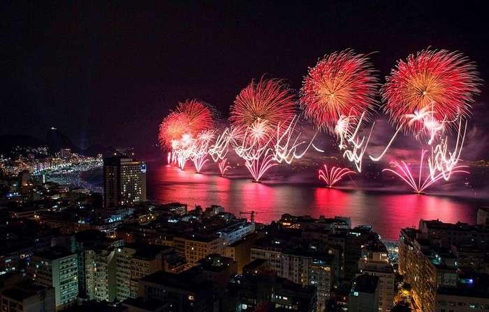 Как отмечают Новый Год в жарких странах?