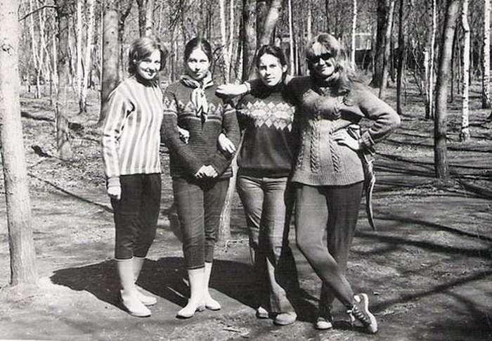 20 ностальгических фото о том, что носила советская молодежь