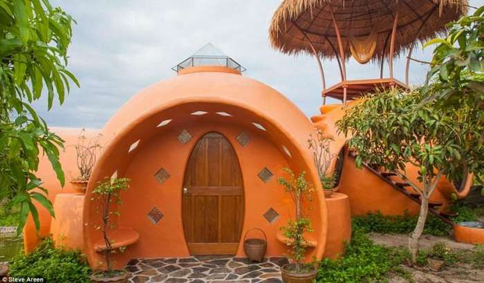 Мужчина построил дом своей мечты за полтора месяца, потратив всего 9000 долларов