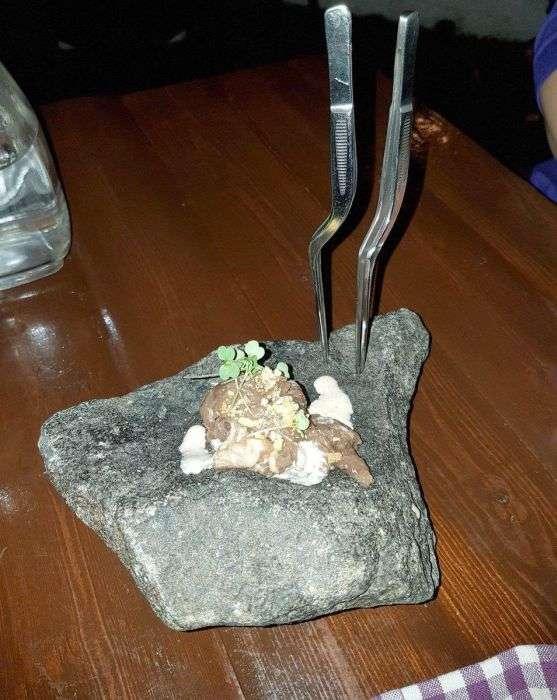 Необычная подача блюд в кафе и ресторанах