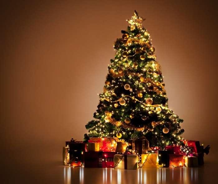 Как возникла традиция украшать новогоднюю ёлку