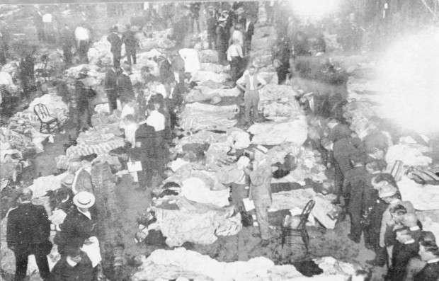 SS Eastland Tribute - гибель у берега