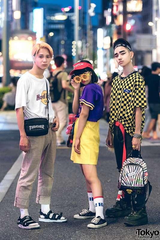 Модные персонажи на улицах Токио (26.12.17)