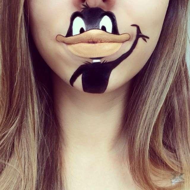 Самый лучший боди-арт губ