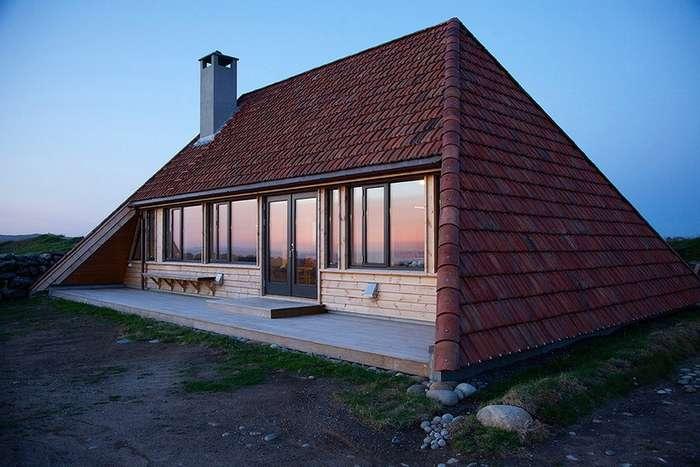 Сельский дом-пирамида в Норвегии