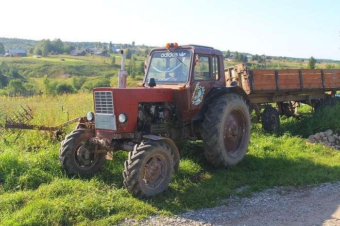 Ода советскому трактору
