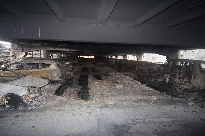 До 1600 автомобилей сожжены до тла на многоэтажной парковке в Ливерпуле