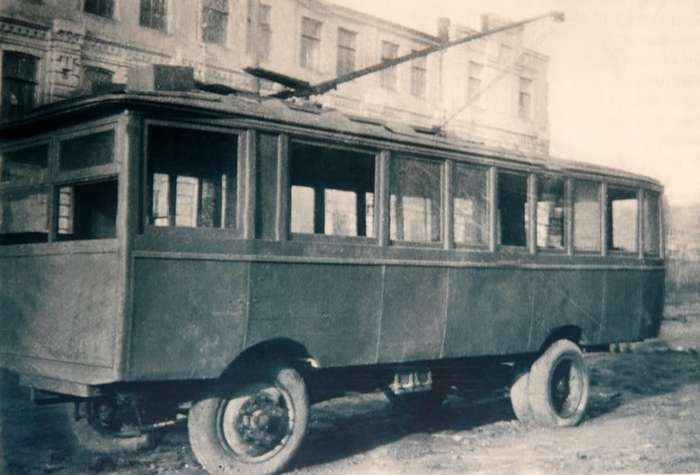 Как появился троллейбус