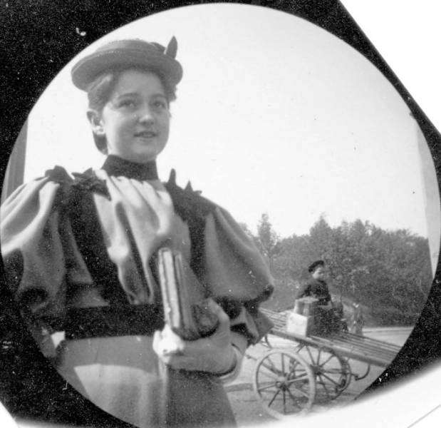Непостановочные фото XIX века