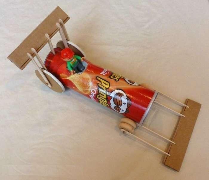 Выкидываете банки от чипсов? Зря! Их можно потрясающе использовать