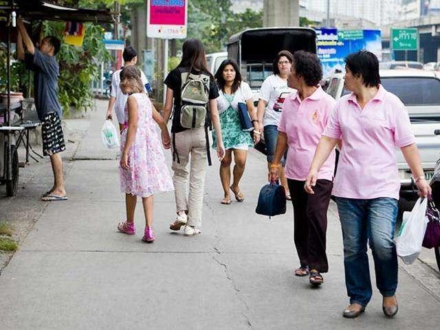 Самая волосатая девушка в мире из таиланда вышла замуж и теперь постоянно бреется
