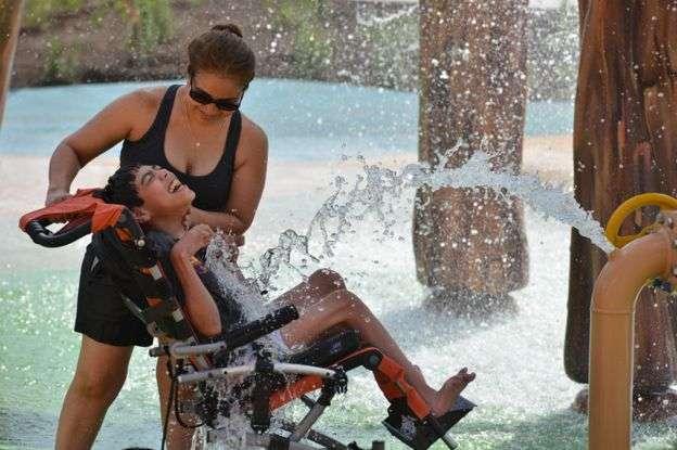 Как отец построил для дочери-аутистки парк развлечений за 51 млн долларов