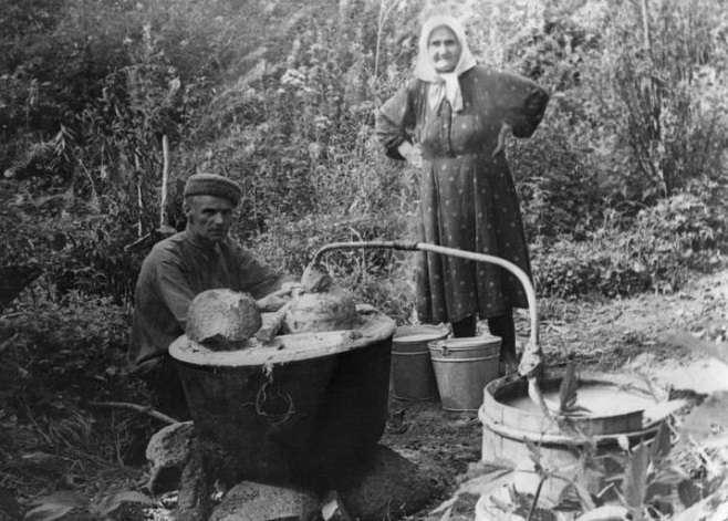 Из чего гнали самогон на Руси
