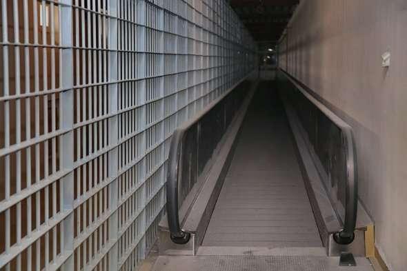 ВИП-тюрьмы для чиновников и бизнесменов: роскошные условия для осужденных