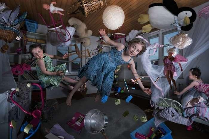 Семейный альбом -Безумные детки- от Джона Вильгельма