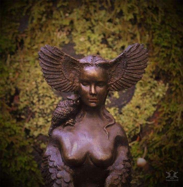 Поразительные скульптуры из природных материалов от канадской художницы