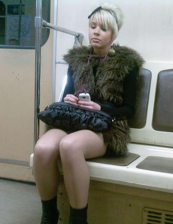Пыталась сегодня познакомиться в метро