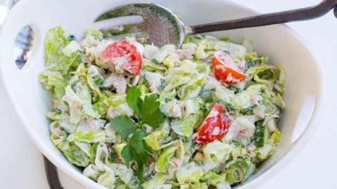 Очень вкусный и правильный салат с тунцом и овощами