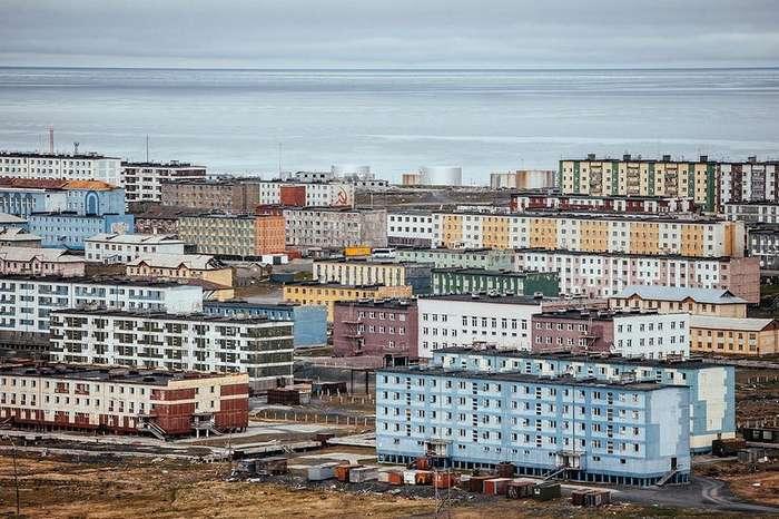 Фоторепортаж Макса Авдеева о жизни одного из самых северных городов России — Тикси