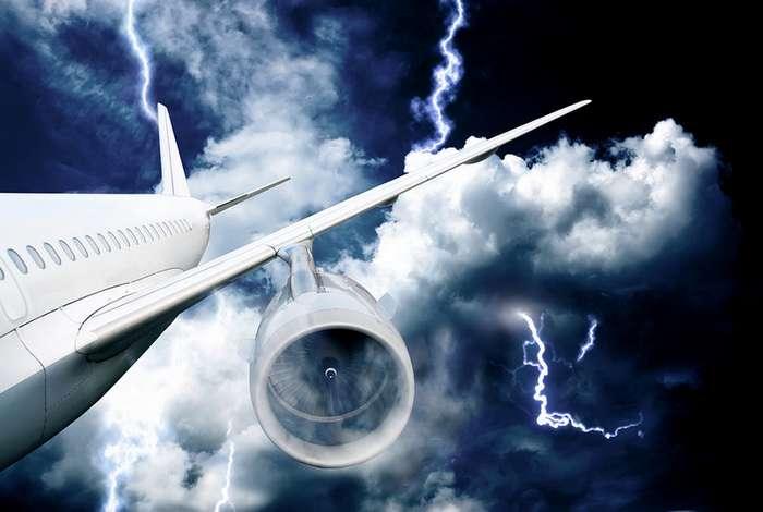 Невероятные происшествия, случившиеся во время воздушных перелётов