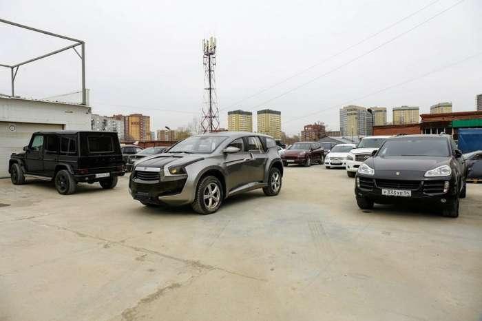Спорткар и внедорожник Marussia в Новосибирске-16 фото-