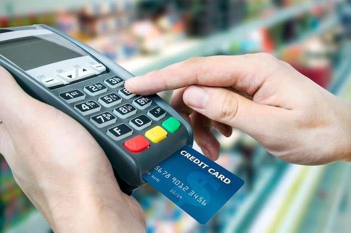 8 подозрительных случаев, когда ни в коем случае нельзя расплачиваться -кредиткой-