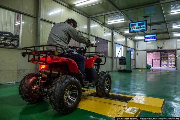 Как делают китайскую технику на самом деле (63 фото)