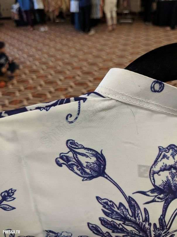 Одежда странного дизайна вызывает шок!