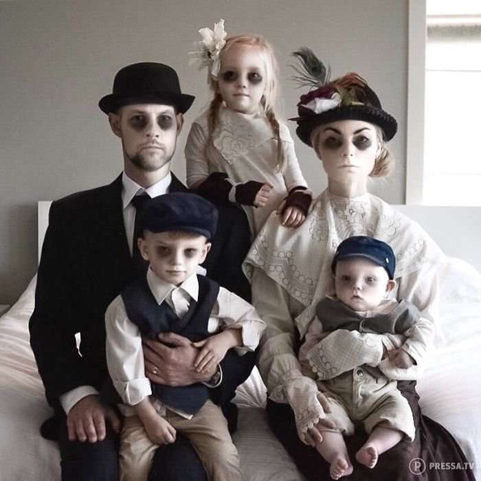 Мать троих детей делает смешные фотографии всей семьи