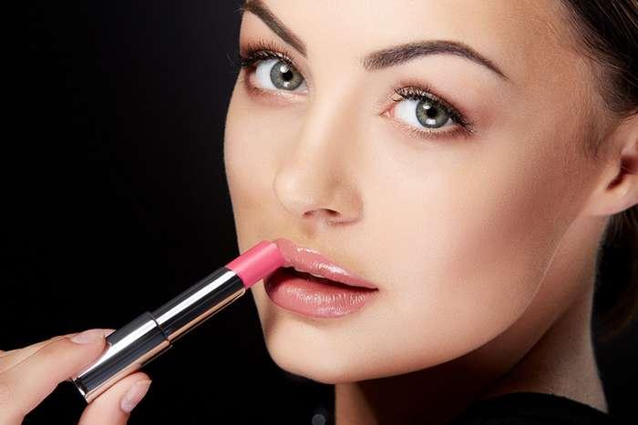 9 грубых ошибок в макияже, из-за которых 35-летние выглядят на 45 и старше
