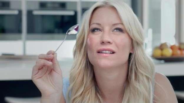 Глупости, к которым приучают женщин рекламы