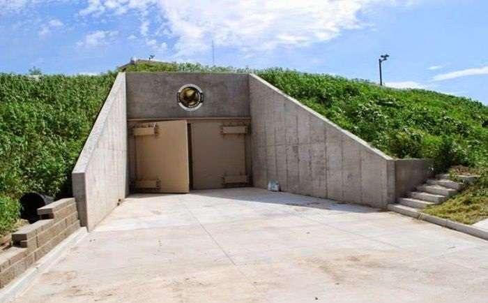 Бункер был построен ещё в 1960-х, а сегодня богатеи мечтают о комнате в нём
