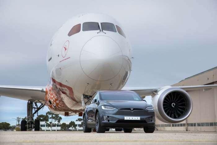 Электрокар Tesla поставил рекорд, отбуксировав 130-тонный -Боинг-