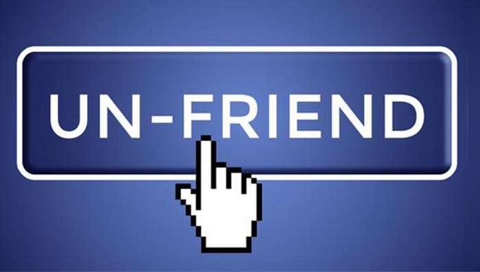 -Вынеобязаны дружить сосвоими одноклассниками-— правда, окоторой никто неговорит