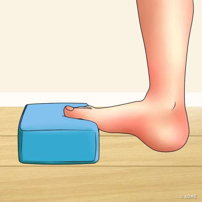 Простые упражнения, которые помогут снять усталость иболь вногах засчитанные минуты