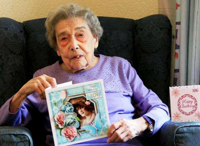 106-летняя британка объяснила свое долголетие отказом от мужчин