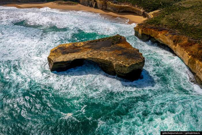 Одна из самых популярных туристических достопримечательностей Австралии