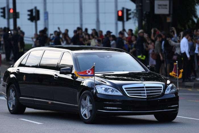 Броня, донорская кровь, ракеты и даже свой туалет: у кого из мировых лидеров автомобиль круче