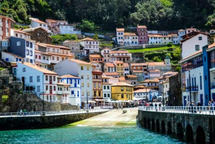 12 городов, власти которых готовы немало заплатить любому, кто переедет к ним жить