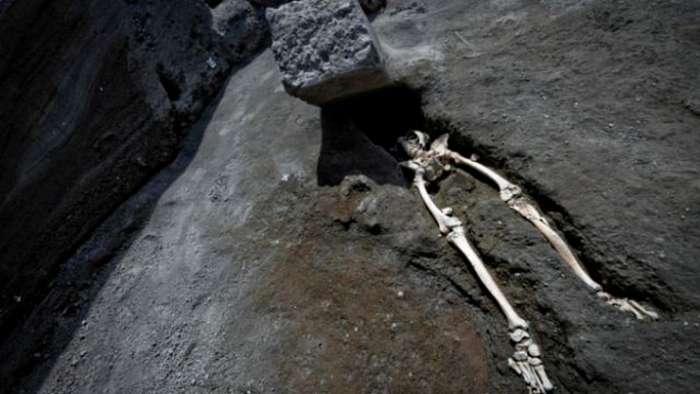 В Помпеях нашли необычные останки мужчины