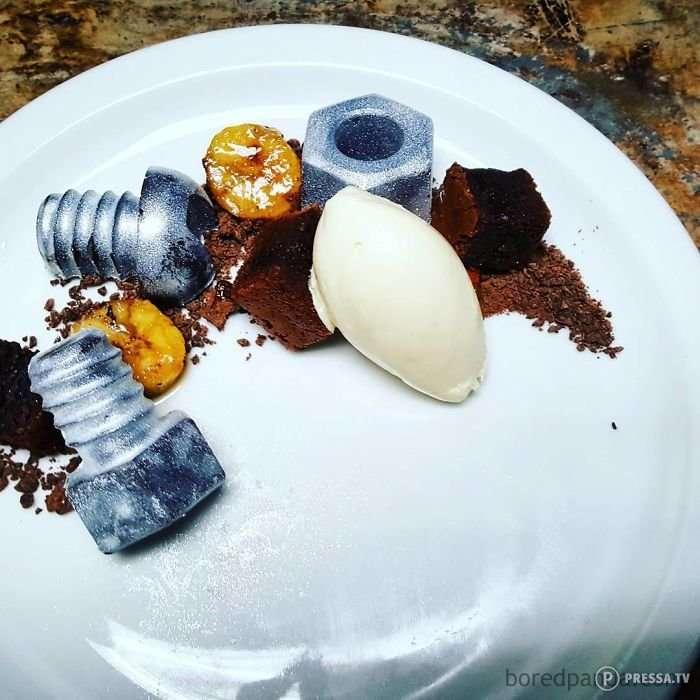 Странный десерт необычного вида