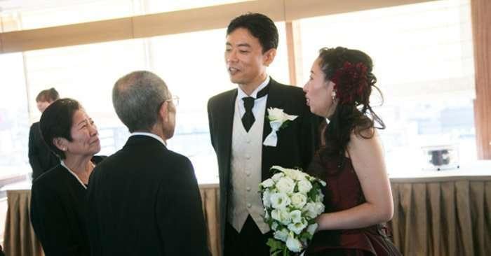 Японские молодожёны могут заказать на свадьбу очень необычную услугу, и из-за неё плакать будут все-5 фото + 1 видео-