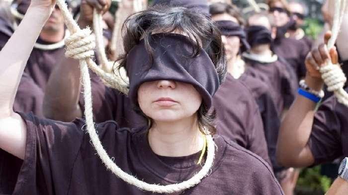 Смертная казнь в цифрах и фактах-25 фото-