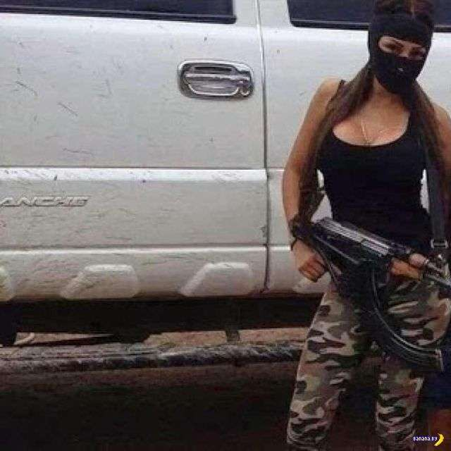 Мексиканские бандосы меряются понтами в Инстаграме