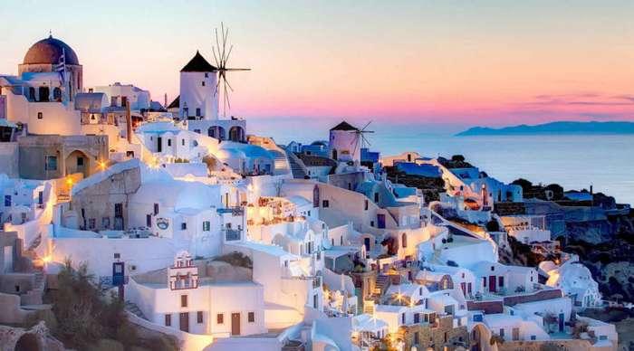 Города, которые угробили туристы