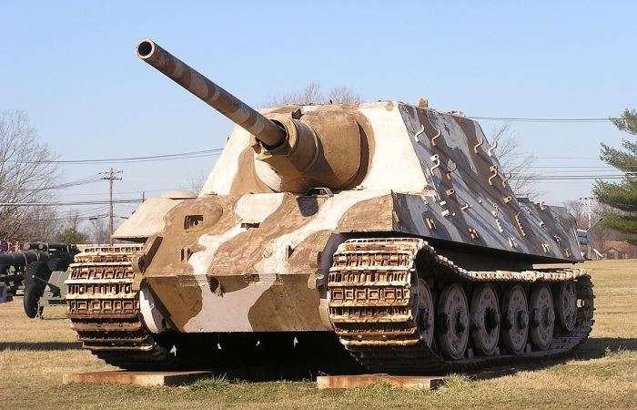 Монструозный уничтожитель танков -Jagdtiger-, который стал одной из причин краха Третьего рейха