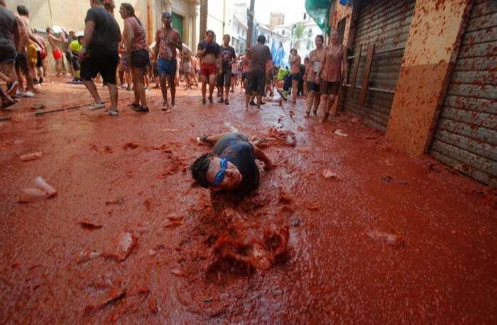 Битва помидорами в Испании