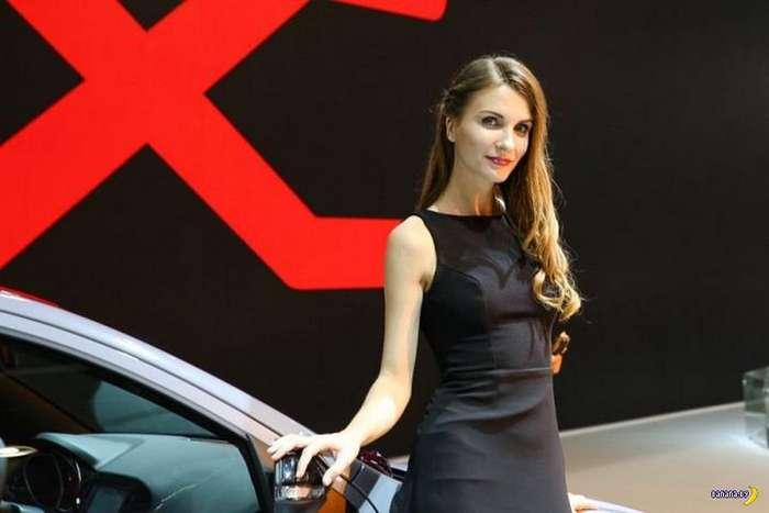 Девушки с Московского Автосалона