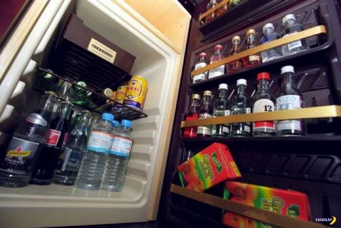 В испанских отелях решили отказаться от мини-баров